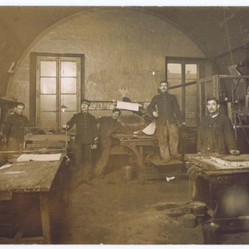[soldiers near lithographic printing presses, W.W. I ]